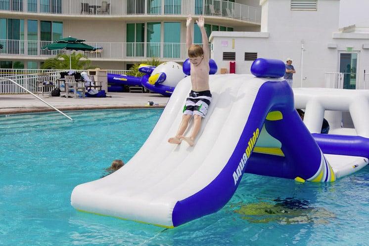 gioco gonfiabile piscina ZULU