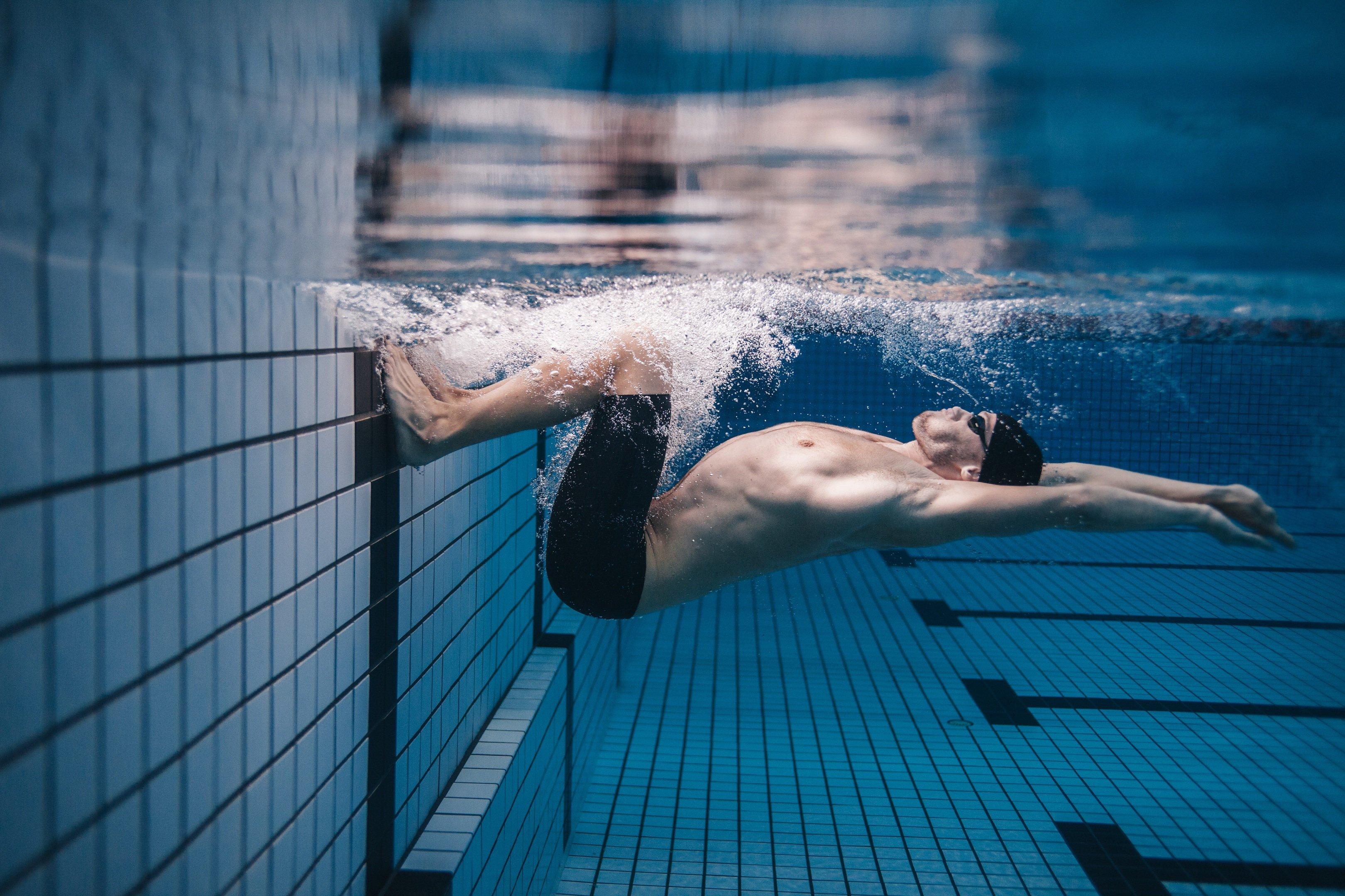 Nuoto: la spinta dal muro