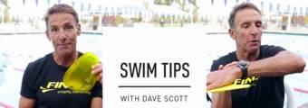 Perché alleno i miei nuotatori con due tipi di palette nuoto? di Dave Scott
