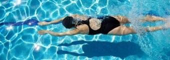 8 Benefici del Nuoto che Migliorano la Salute e 5 Suggerimenti per Migliorare.