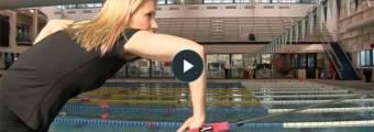 16 esercizi da fare con gli elastici per nuotatori (nuoto-specifici)