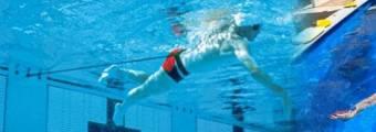 Elastico Nuoto Trattenuto, Come Scegliere Bene e Consigli per Allenarsi.