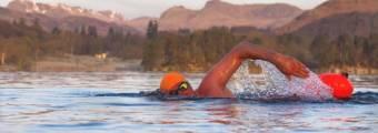 Strategie per nuotare il mezzo miglio in acque libere